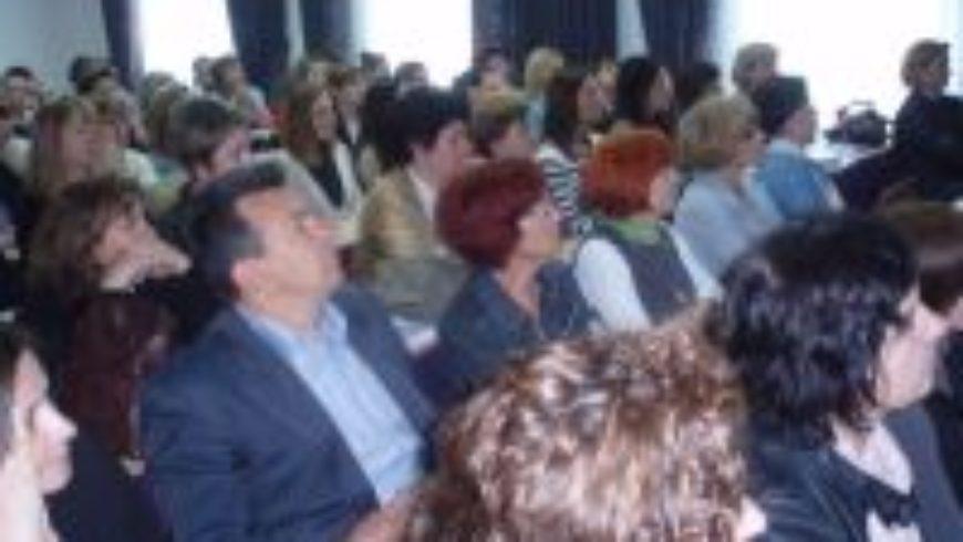 """U Osijeku predstavljen zbornik """"Zaštita prava i interesa djece s problemima u ponašanju"""""""