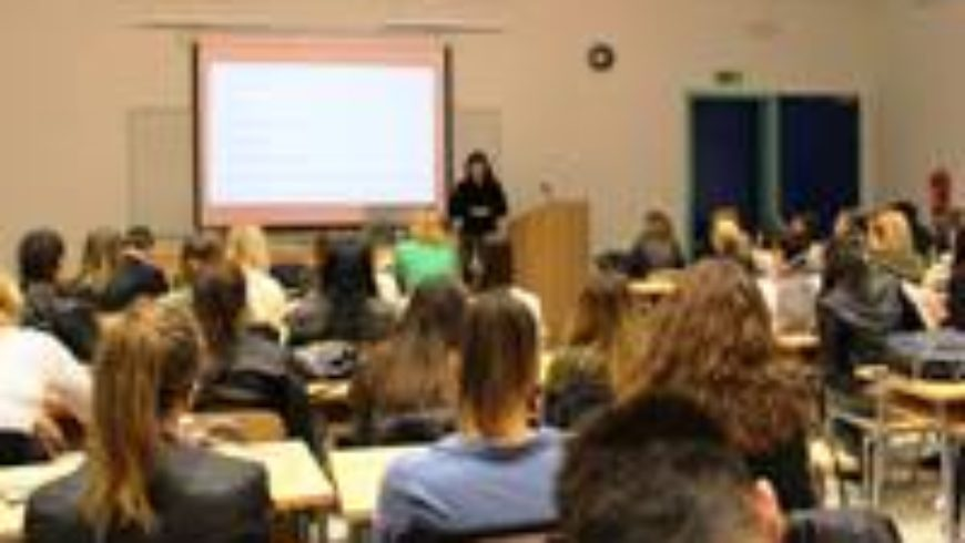 """U Splitu održana konferencija """"Nasilje nad djecom"""""""