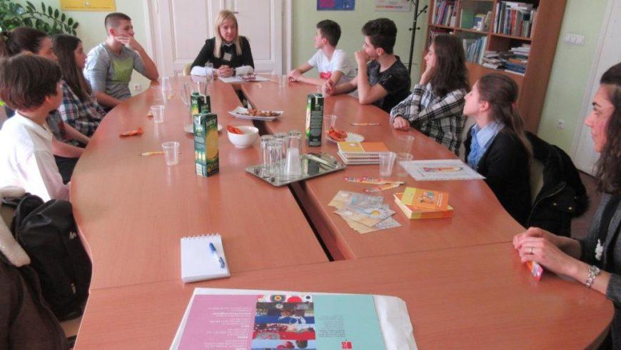 Mladi novinari iz OŠ P. Preradovića iz Zagreba posjetili pravobraniteljicu