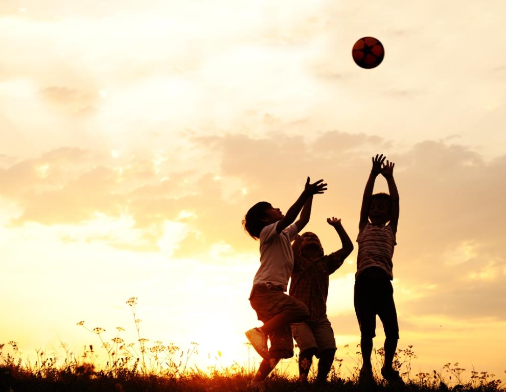 Poruka Pravobraniteljice za djecu: Pružimo djeci vesele i sigurne ljetne praznike!