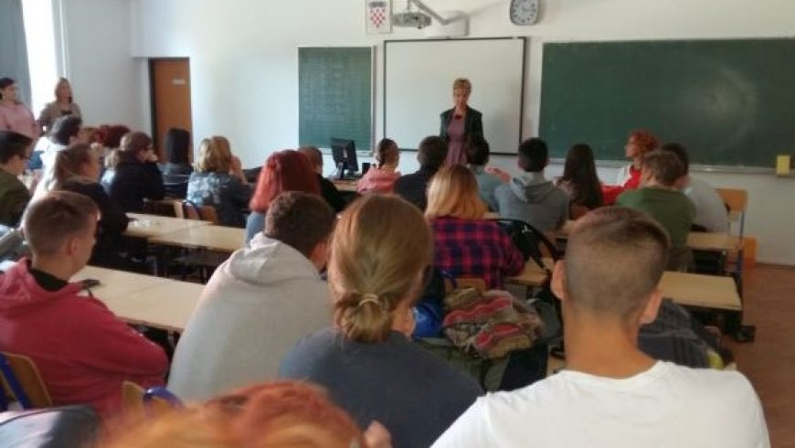 Susret s učenicima Škole primijenjene umjetnosti i dizajna Osijek