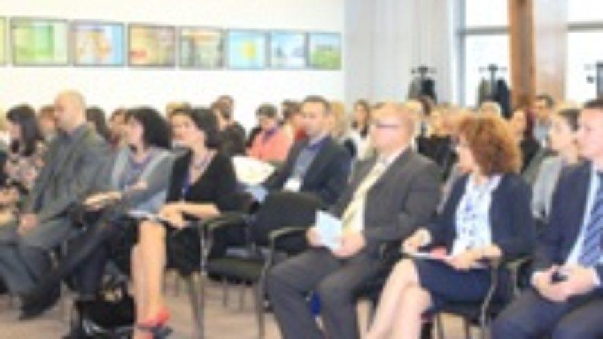 Slavonski Brod: Simpozij o prevenciji alkoholizma i kockanja među mladima