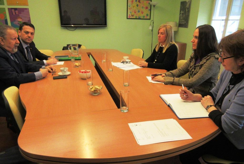 pritužbe na sastanke