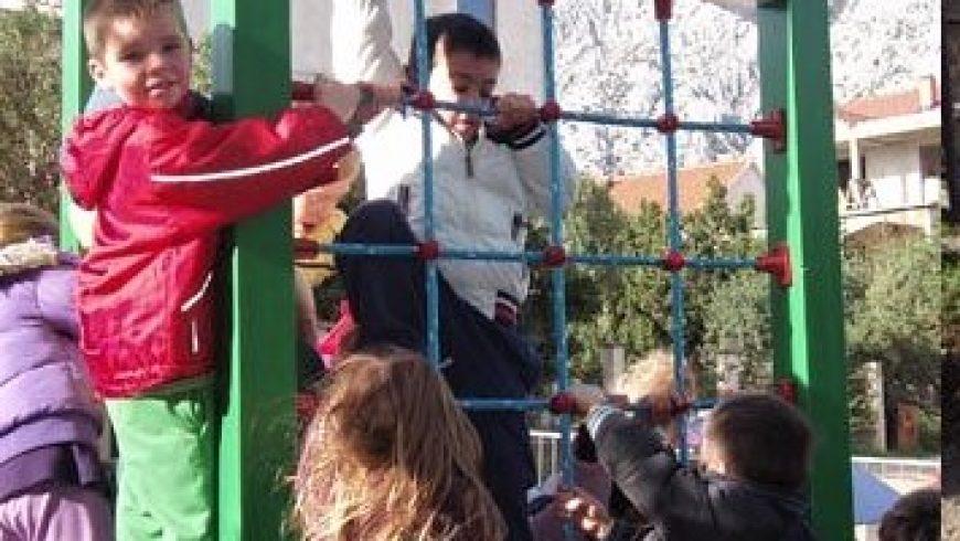 Obilazak ustanova za djecu na Pelješcu i Korčuli