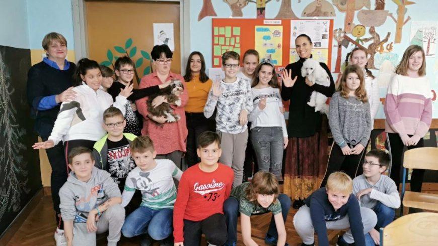 """Predavanje o dječjim pravima u Osnovnoj školi """"22. lipnja"""" u Sisku"""