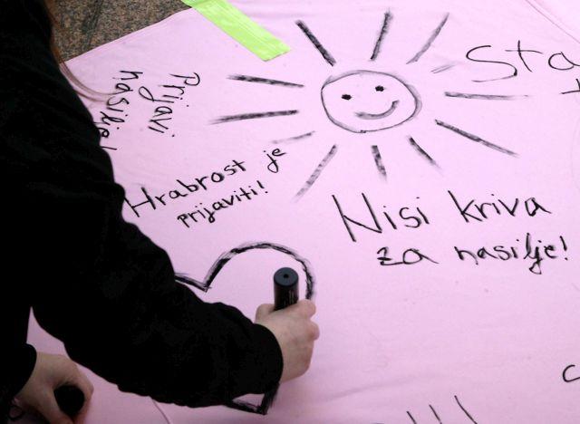 Dan ružičastih majica – protiv vršnjačkoga nasilja