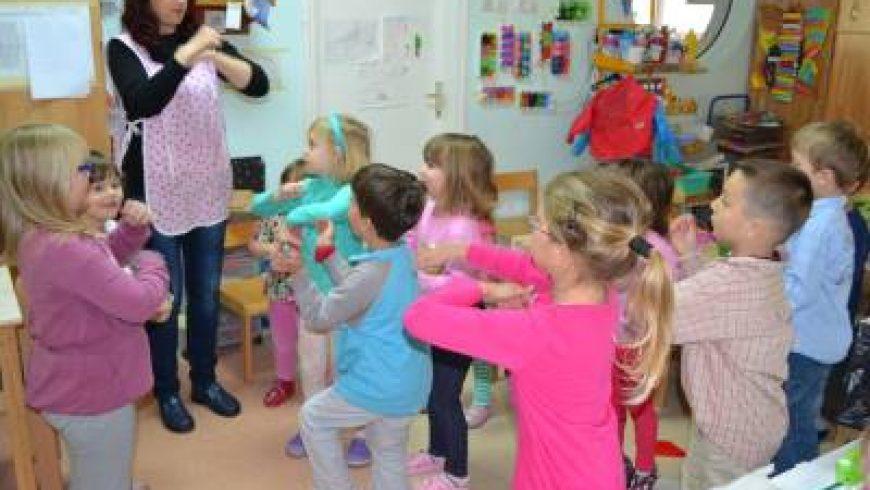 Postira na Braču: Posjet dječjem vrtiću i školi te radionica o dječjim pravima